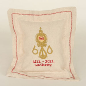 Pillow souvenir 600 Ludbreg red frame