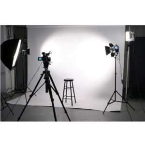 Studio photograpy + 3 photos(13x18) + 1 photo(20x30)